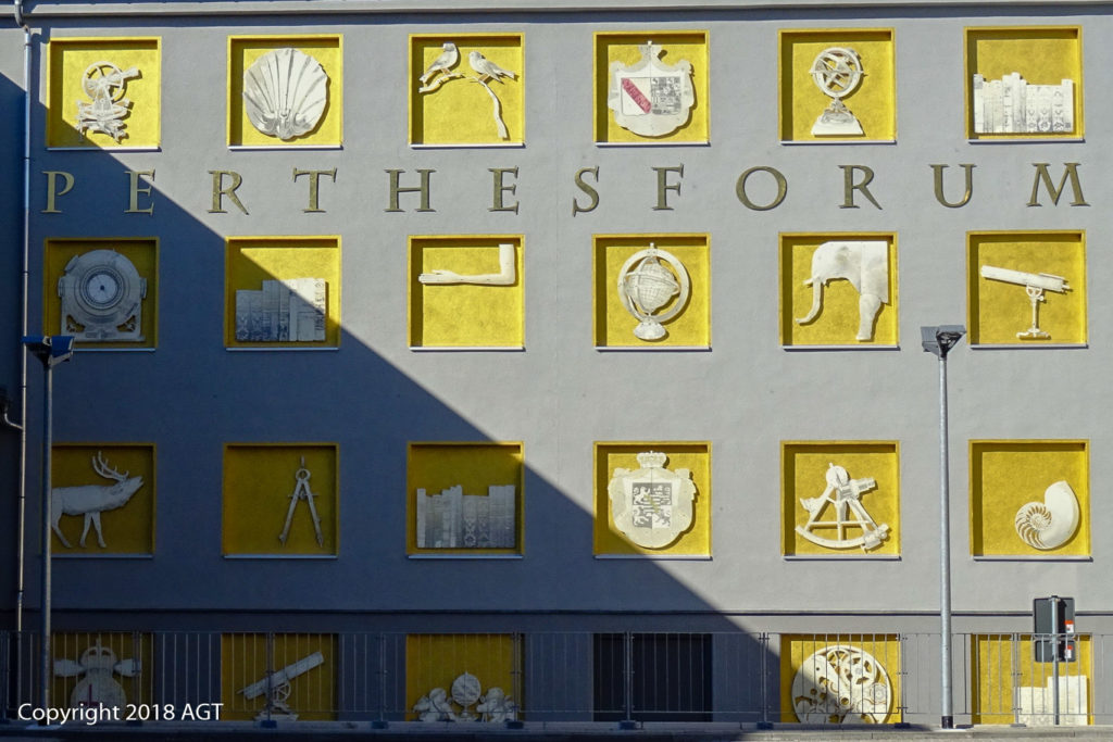 AGT, Architektur, Details, Deutschland, Fenster, Genealogentag, Gotha, Landkreis Gotha, Perthes-Forum, Thüringen, architecture, building, germany, thuringia, window